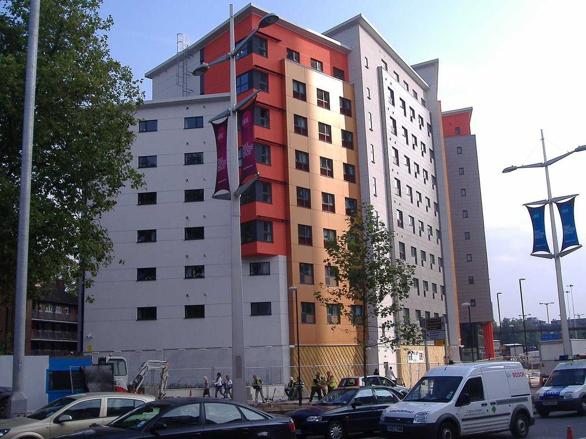 University of Bristol - Cabot Circus in Bristol - student accommodation on Bond Street